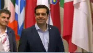 """VIDEO - Tsipras: """"Battaglia difficile ma accordo consentirà a Grecia la ripresa"""""""