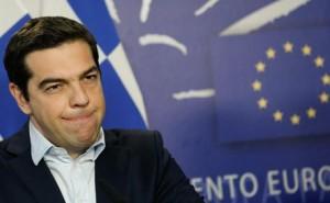 """Grecia, Tsipras: """"Da Varoufakis evidenti errori nel negoziato"""""""