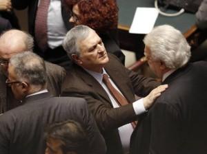 """Verdini. Vincenzo D'Anna a cronista HuffPost: """"Piccolo comunista un po' str."""""""