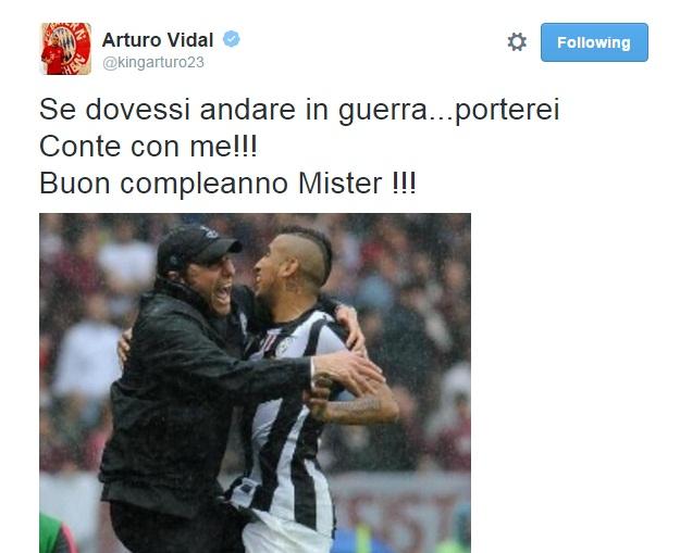 """Arturo Vidal, auguri ad Antonio Conte: """"Se andassi in guerra lo porterei con me"""""""