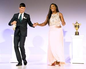 VIDEO YouTube: Novak Djokovic e Serena Williams ballano dopo Wimbledon