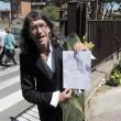 """Casamonica, Paolini a funerale: """"Un fiore per Vittorio"""""""