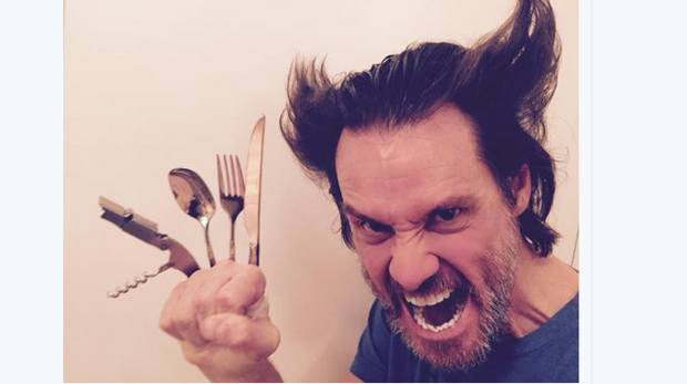 Jim Carrey fa Wolverine, Hugh Jackman The Mask: star che si imitano sui social