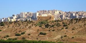 Valle Templi, demolizione farsa: stop ruspe per vizio forma