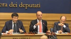 """VIDEO YouTube. Rai, lapsus di Angelino Alfano: """"Convergenza su Monica Macchioni"""""""