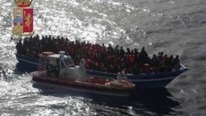 50 morti sul barcone asfissiati come topi nella stiva