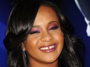Bobbi Kristina Brown sepolta vicino alla madre Whitney Houston