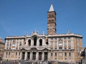 Roma, nigeriano aggredisce agente in Santa Maria Maggiore