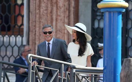 George Clooney e Amal (foto Ansa)
