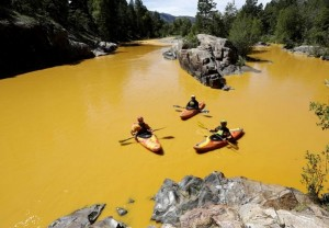 VIDEO YouTube: Usa, fiume Animas giallo senape: colpa di una perdita da miniera oro