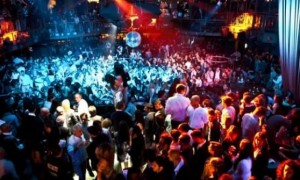 Lorenzo Toma, 19 anni, morto dopo serata in discoteca nel Salento. Dopo il Cocoricò...