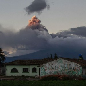 VIDEO YouTube - Ecuador, vulcano Cotopaxi si risveglia