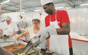 Migranti Festa dell'Unità, Pd: Torneranno a fare volontari