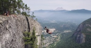 Funambolo rischia caduta da 300 m di altezza