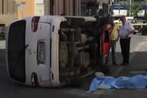 VIDEO YouTube - Incidente a Roma, furgone travolge 5 persone