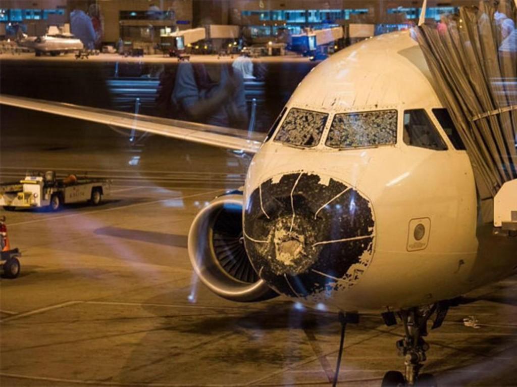 Grandine, ecco come ha ridotto un Airbus FOTO