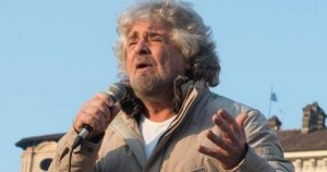 """Beppe Grillo: """"Mi defilo dalla politica e torno in tv"""""""