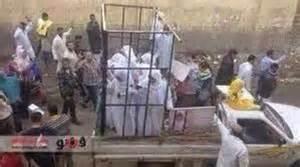 """Isis, teologia dello stupro: """"Violentare avvicina ad Allah"""""""
