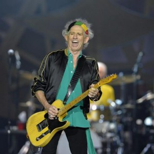 "Keith Richards vs Beatles: ""Sgt Pepper's Lonely Hearts Club Band pieno di m..."""