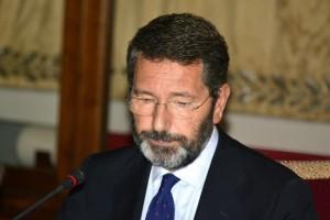 """Migranti, Ignazio Marino ora cambia rotta: """"Roma sovraffollata, rischio Tbc"""""""