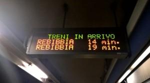 Roma, metro B chiusa tra Tiburtina-Rebibbia. Protesta passeggeri: metro occupata