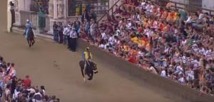 VIDEO YouTube - Palio di Siena 2015: quarta prova a Tartuca