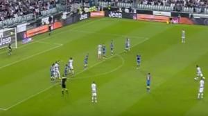 VIDEO YouTube - Paul Pogba, punizione alla Pirlo ma palla...