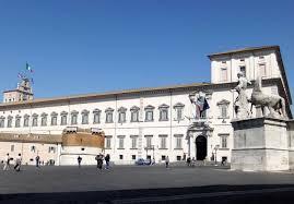 Sfratti al Quirinale: pagavano 300 euro per 100 metri quadri