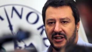 """""""I vescovi non rompano le palle"""". Salvini come Cavour.2015"""