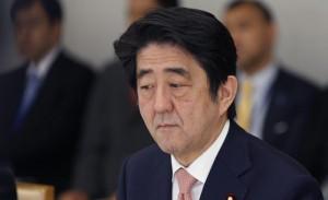 Giappone, Abenomics con limiti: stampare soldi non basta