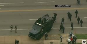 St. Louis, polizia uccide nero. Ma stavolta era armato