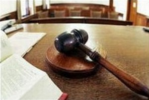 Arrestato davanti a moglie e figli: non sapeva del processo