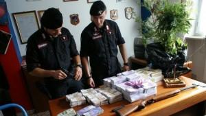 Torino, trovati 27 milioni di banconote false nel campo rom