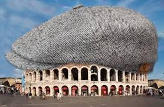 arena di verona tosi copertura pagata da calzedonia