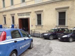 Rom picchia avvocato al Tribunale di Ancona
