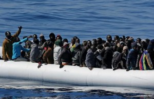 Migranti, 362 salvati da Guardia costiera al largo Sicilia