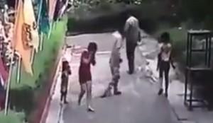 VIDEO YouTube: Thailandia, getta acido in faccia alla moglie