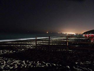Senigallia, bagno di notte: rubano borsa con 500 € e iphone