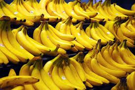 """Mangiare troppe banane uccide"": bufale dal web"