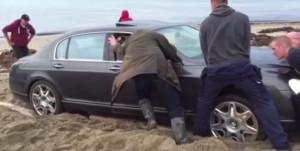 russo arenato con la Bentley da 200mila euro
