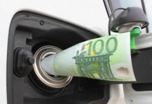 Governo cancella aumento benzina del 1° ottobre