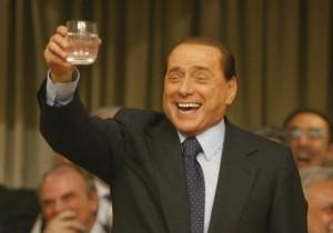 Berlusconi si beve una bottiglia di Jeres da 150mila euro