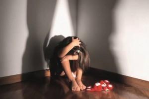 Trieste, 20 bimbe abusate in pediatria: infermiere a processo