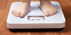 Bimba malata di diabete degli anziani: a 3 anni pesa 35 kg