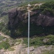 VIDEO YouTube - Cina, ponte di vetro a 180 metri di altezza