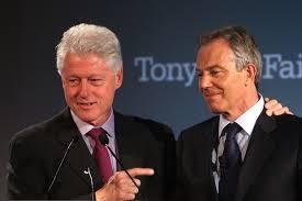 Clinton dammi una mano. Ecco come si fa anche al top (Blair)