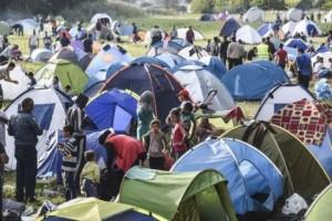 Migranti sfondano cordoni in Croazia: 6mila arrivi in 24h