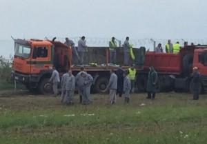 Ungheria, il muro di Orban fatto costruire ai detenuti