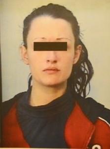 Elena Perotti sfregiò ex con acido. Ora incinta in comunità