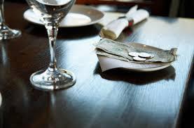 Usa. Mancia uccisa da nuovi minimi salariali al ristorante?